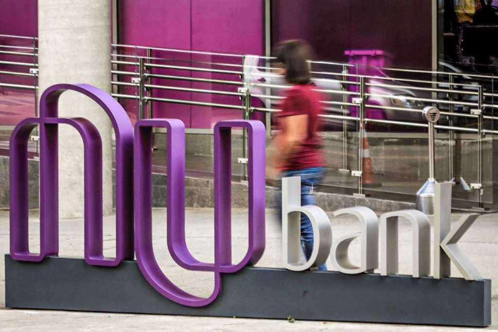 Nubank e PayPal e a parceria para uso do débito online