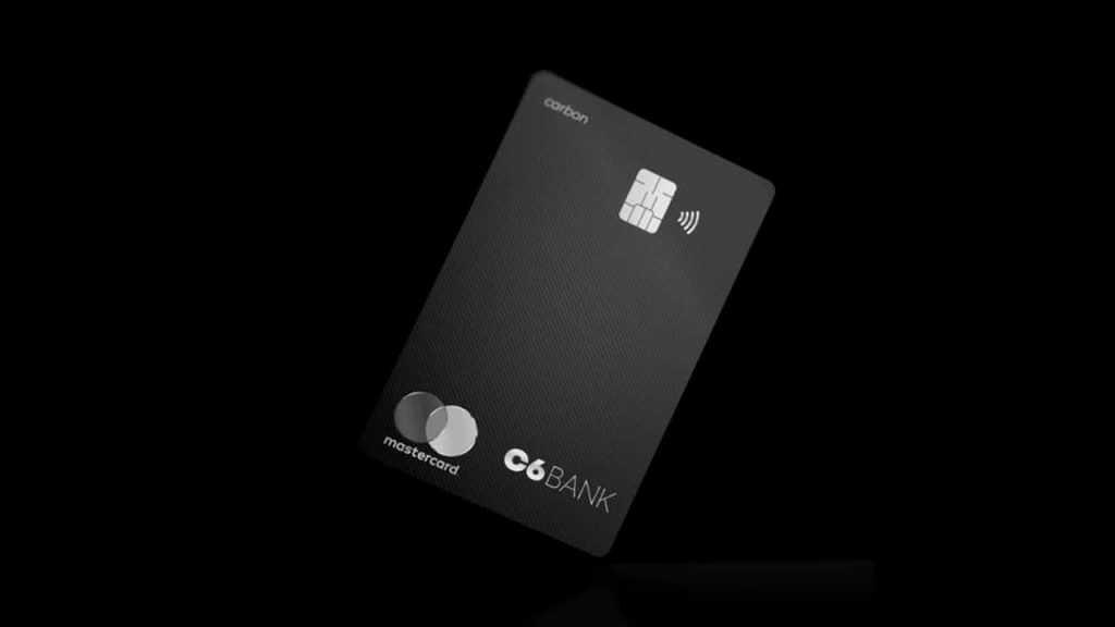 Quantos cartões adicionais isentos C6 Carbon pode solicitar