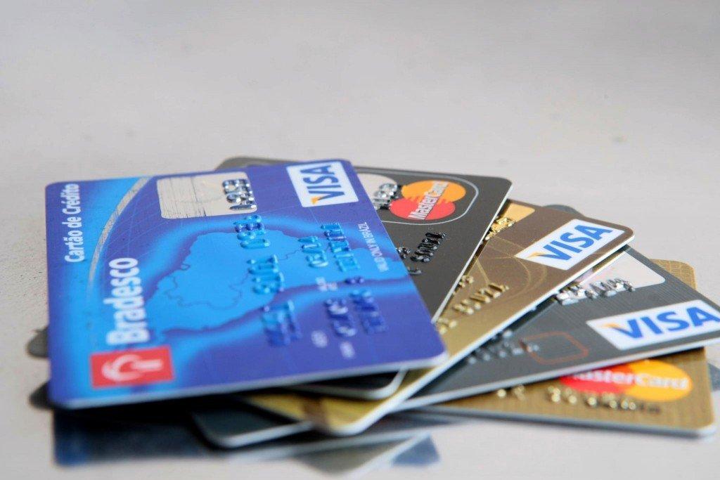 Cuidados com uso do limite do cartão de crédito