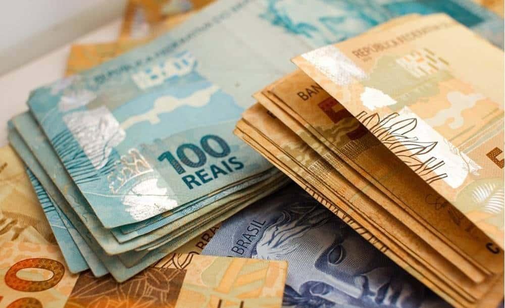 Como surgiu o dinheiro no mundo?