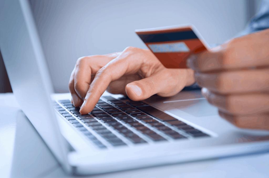 Cartão de crédito aprovado: Como saber se podemos utilizar o crédito?