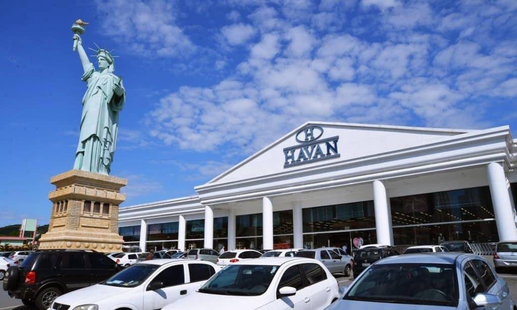 Quando surgiu a Havan?