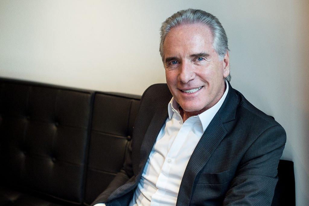 Empresário, apresentador e dono de uma fortuna impressionante, vamos conhecer um pouco da trajetória e as empresas de Roberto Justus.